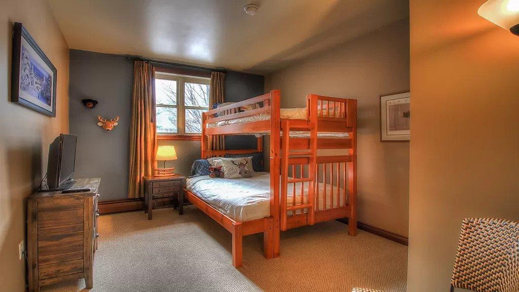 RB120 - Room 3